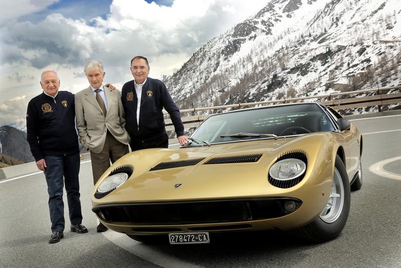 The Lamborghini Miura celebrates its 50th anniversary on the roads of The Italian Job
