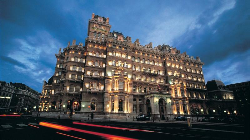 The Langham Hotel London - night view