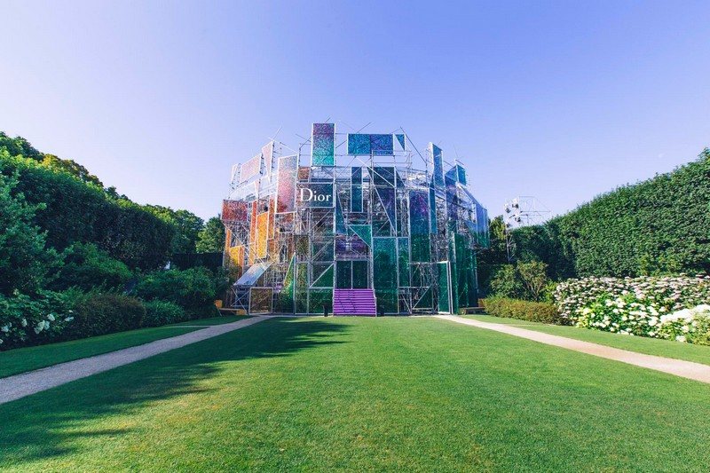 The Musée Rodin hosting the Dior couture fashion show 2015 2016