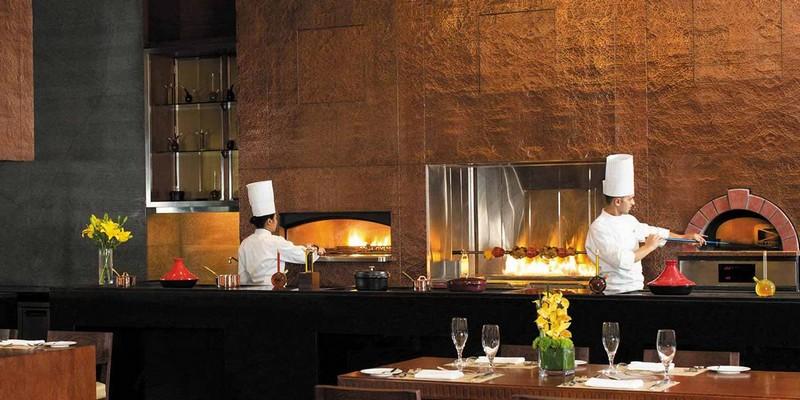 The Oberoi Dubai luxury business hotel -2luxury2-restaurants