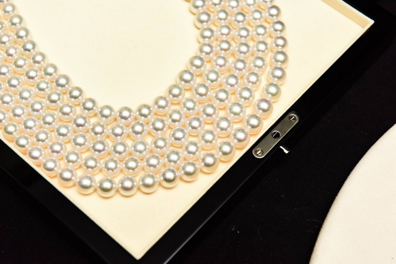 the-pearl-necklace-mikimoto
