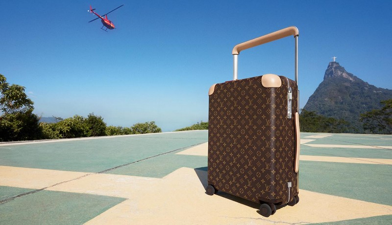 The Spirit of Travel - the new luggage designed by Marc Newson, photographed by Patrick Demarchelier-2016