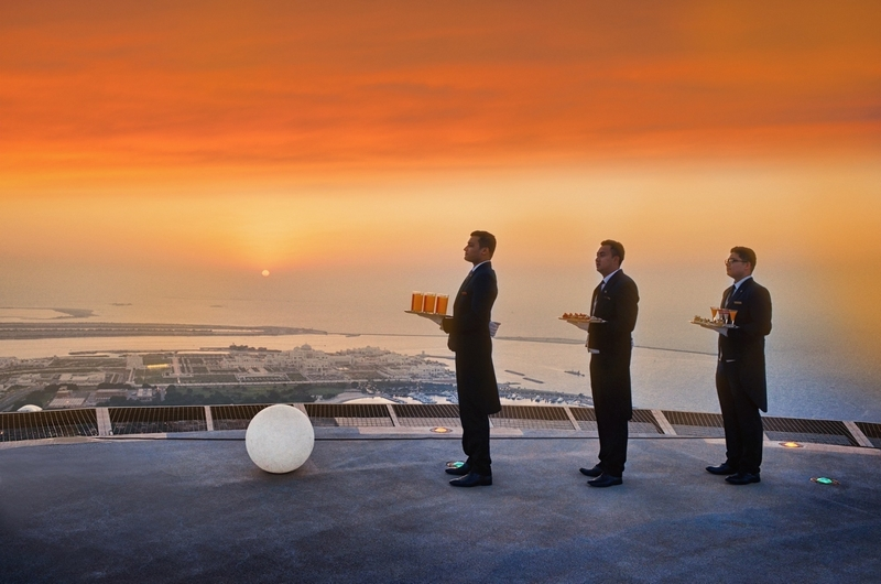 the-st-regis-abu-dhabi-unveils-monthly-sunset-supper-on-middle-easts-highest-active-helipad