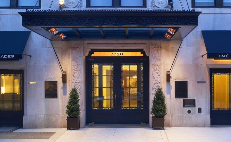 the-surrey-hotel-nyc-entrance
