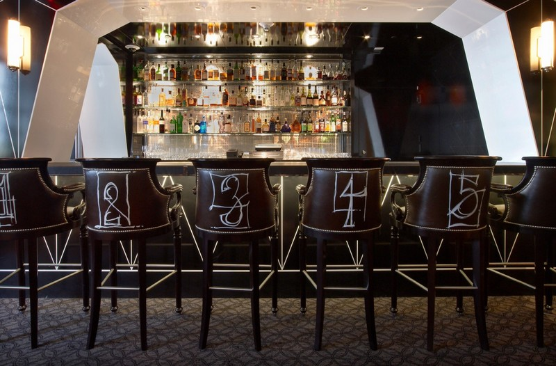 the-surrey-hotel-nyc-the-bar