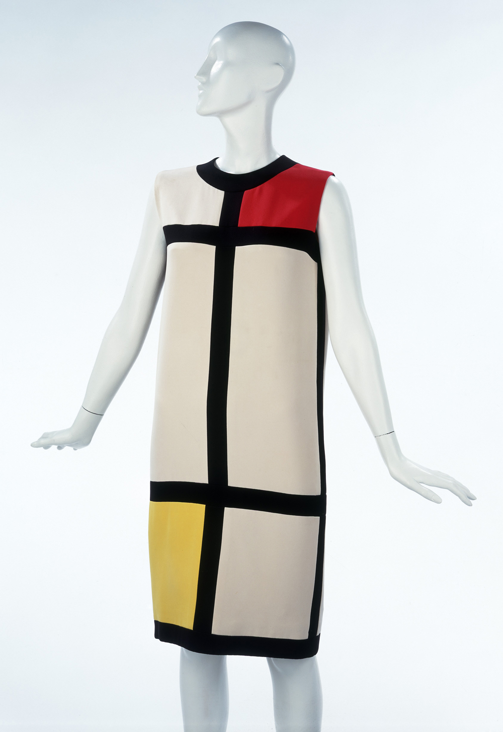 "Published on July 17, 2014 in ""Mondrian and his Studios"" immersive ..."