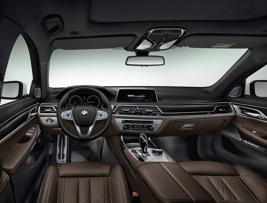 The all new 2016 BMW 7 Series--interior II
