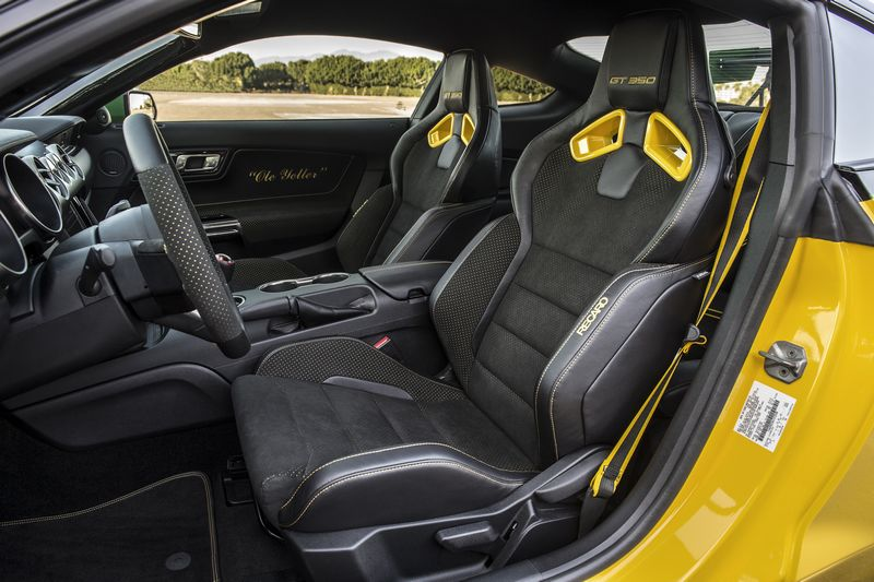 The aviation-inspired Ford Ole Yeller Mustang-int