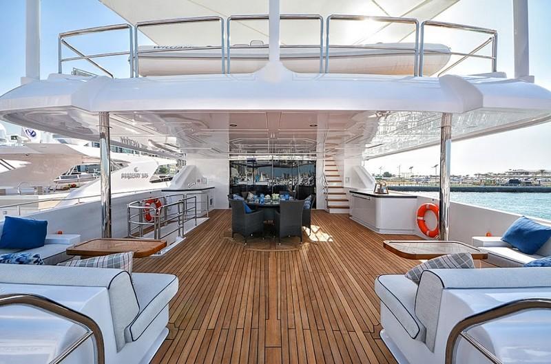 The epitome of truly royal cruising - Gulf Craft Majesty 35 luxury yacht-