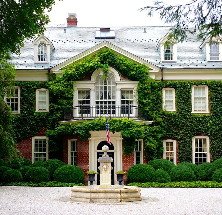 the-famed-cragwood-estate-has-entered-the-market