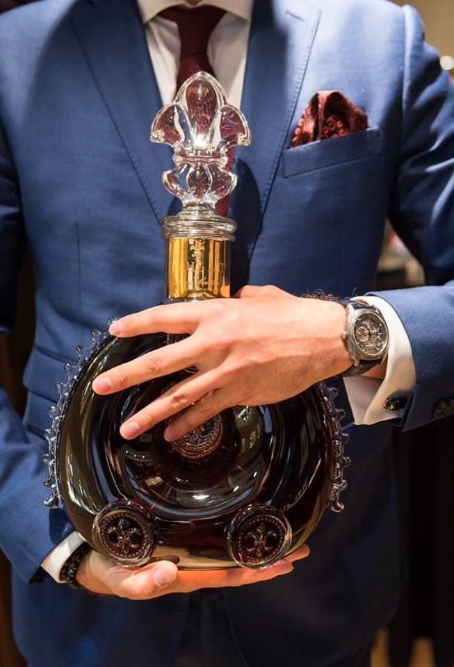 the-first-ever-louis-xiii-boutique-in-the-world