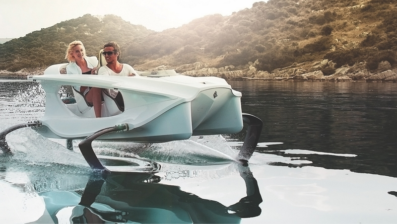 the-flying-quadrofoil-q2s-personal-watercraft-uses-highly-advanced-naval-technology