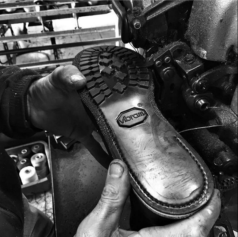 The last conspiracy men shoes vibram