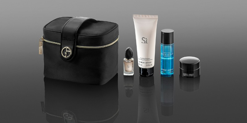 the-new-giorgio-armani-travel-kits-2017