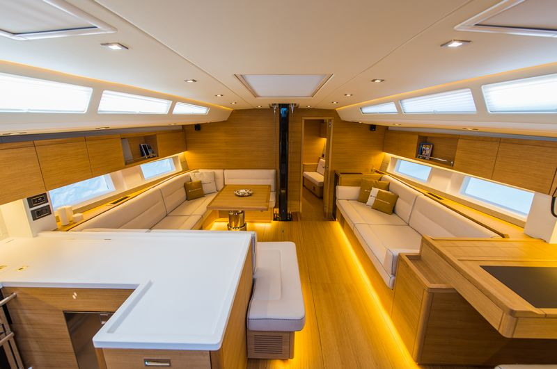 the-new-grand-soleil-58-the-best-grand-soleil-produced-in-recent-years-dinette
