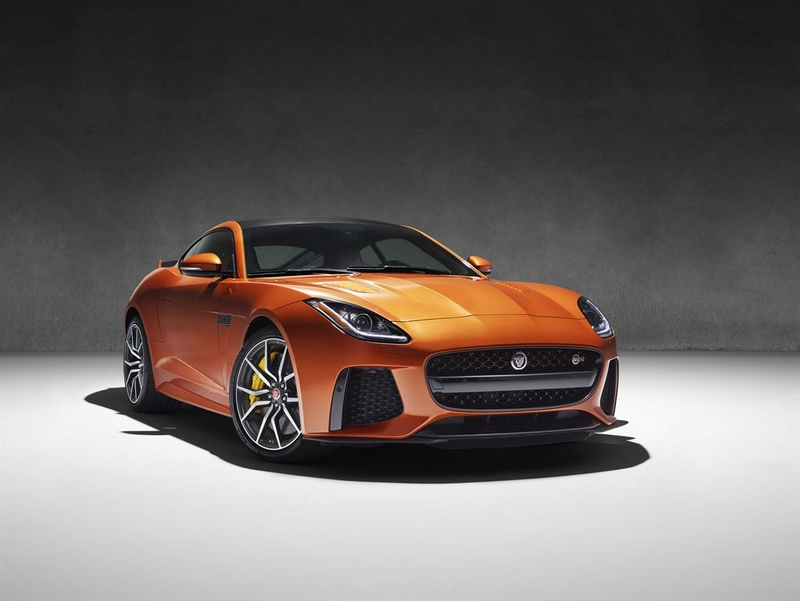 The new Jaguar F-Type SVR racing to Geneva at 200mph