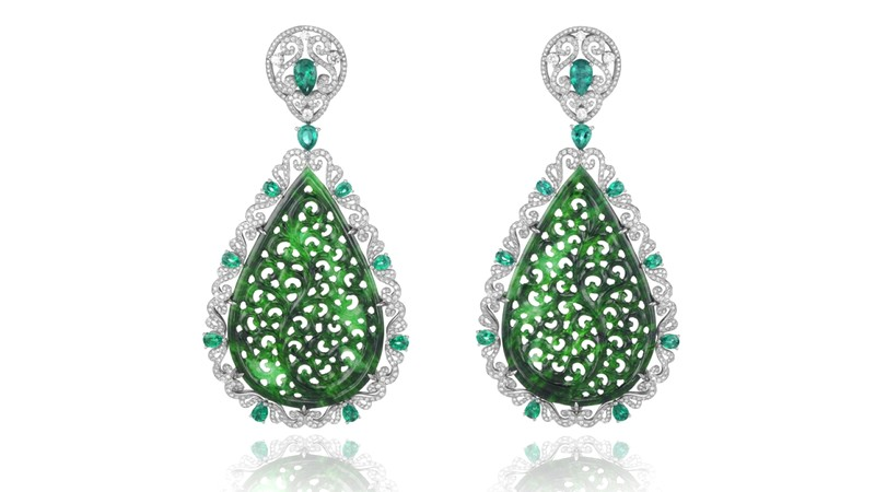 These Haute Joaillerie earrings set with jadeites, emeralds and diamonds will complement perfectly any red carpet look