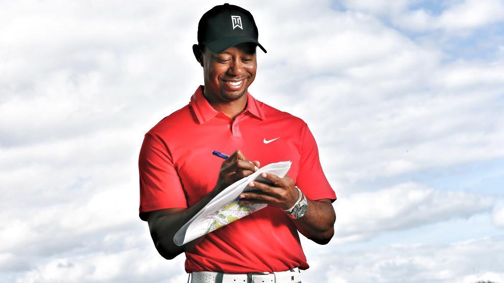 Tiger Woods To Design The Trump World Golf Club Dubai