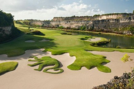 Best of South America Golf by Private Jet