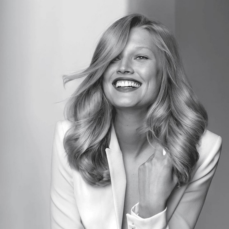 toni-garrn-in-kerastases-new-campaign-very-personal-care-for-exceptional-hair