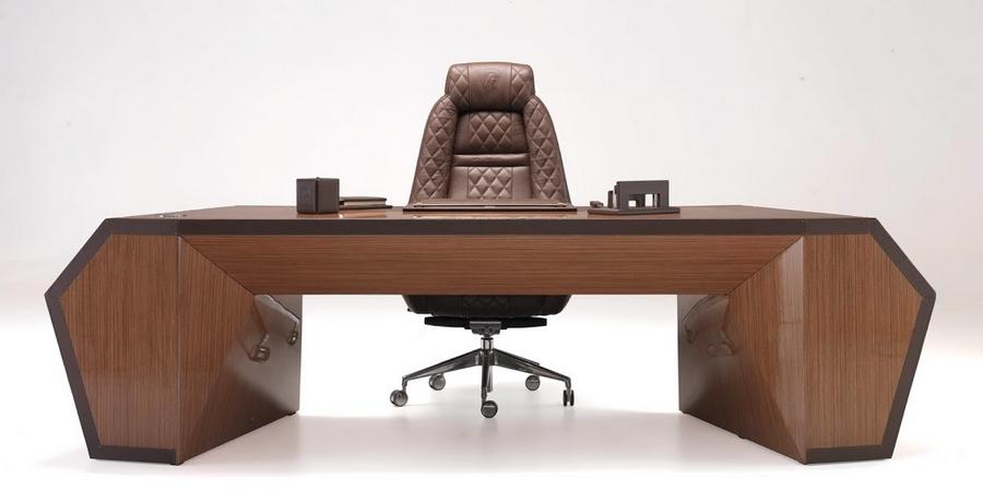 Tonino Lamborghini at iSaloni  - The Desk City