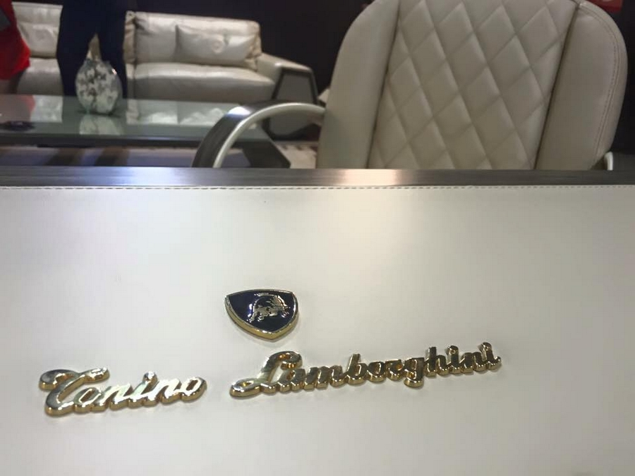 Tonino Lamborghini at iSaloni with Formitalia luxury furnishings and Gambarelli tiles in Milan 2015