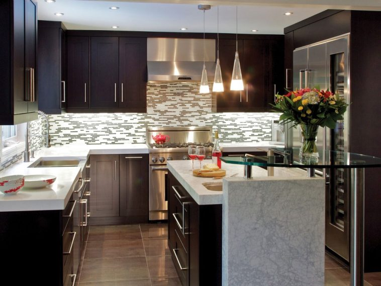 top-tips-to-renovate-your-small-kitchen-space