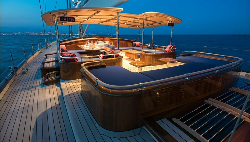 Truly Classic 127 Atalante won World Superyacht Award 2016--