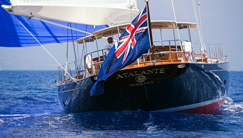 Truly Classic 127 Atalante won World Superyacht Award 2016--bow