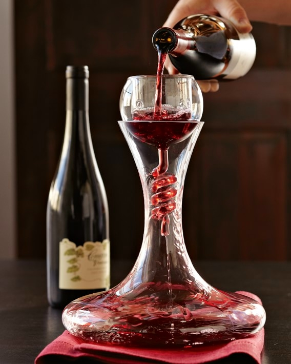 twister-wine-aerator-decanter-with-stand-set