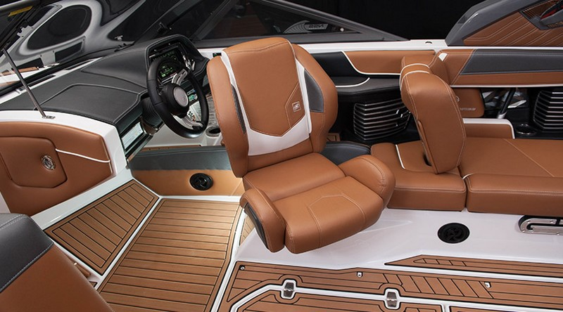 Ultrafast Super Air Nautique G23-helm seat