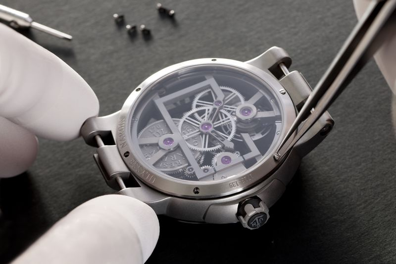 Uysee Nardin__Executive Skeleton_Tourbillon watch 2luxury2com-