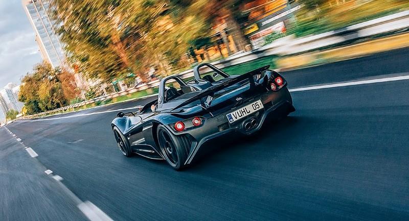 VUHL 05 lightweight supercar-