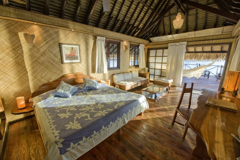 Vahine Island Private Resort in French Polynesia-bungalows-pilotis