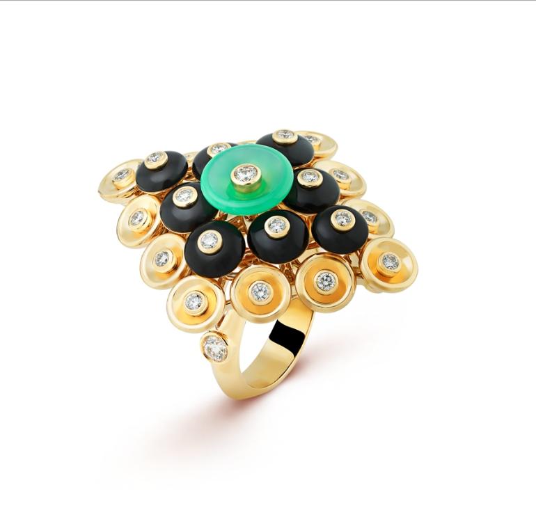 Van Cleef & Arpels Bouton d'or ring
