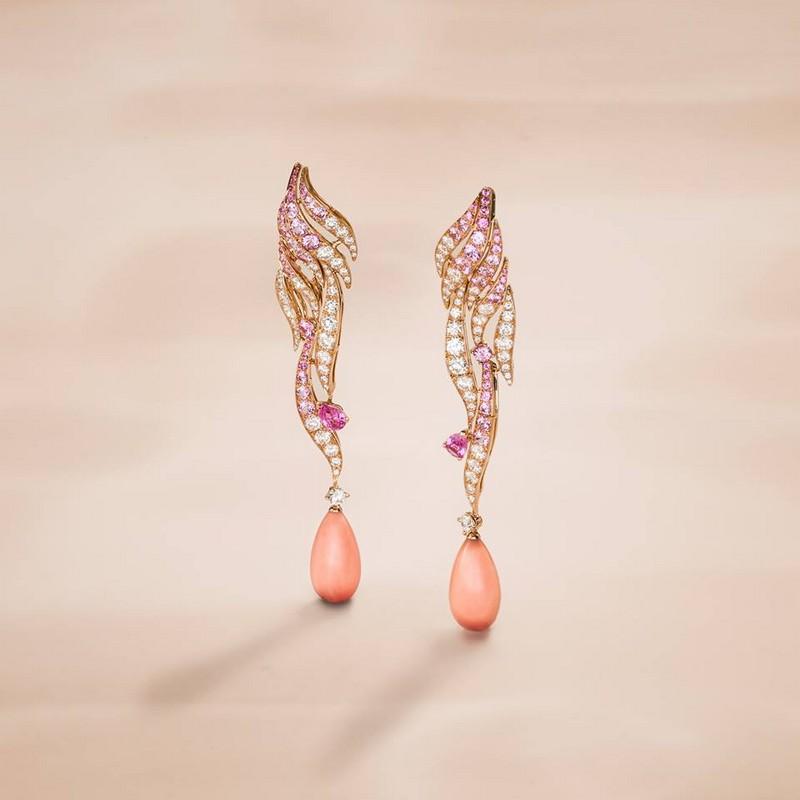Van Cleef & Arpels Flamant corail earrings