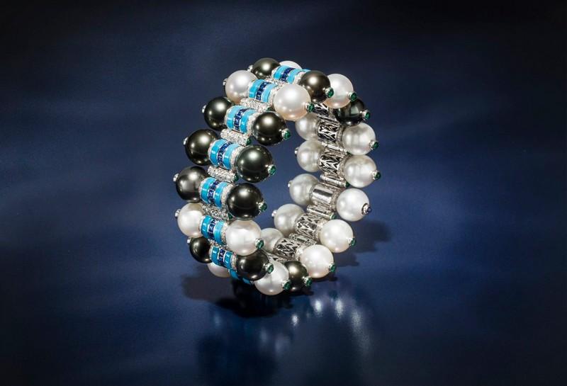 Van Cleef & Arpels Rivage Noir et Blanc bracelet