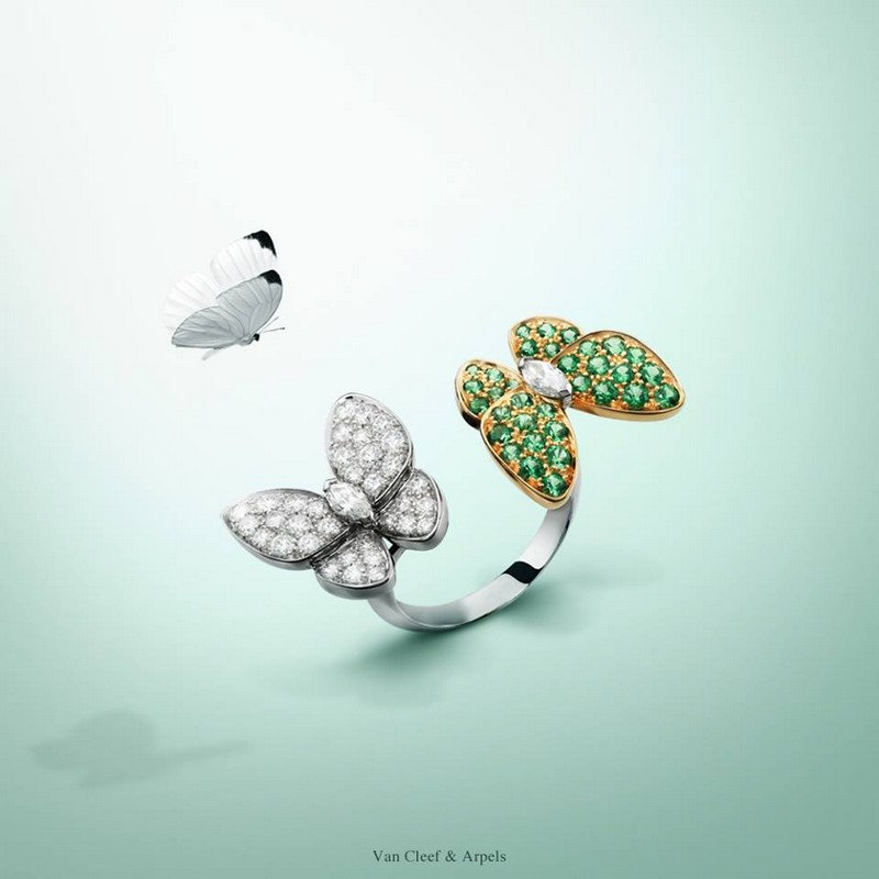 Van Cleef & Arpels Two Butterfly Between the Finger Ring - white and yellow gold, tsavorite garnets,