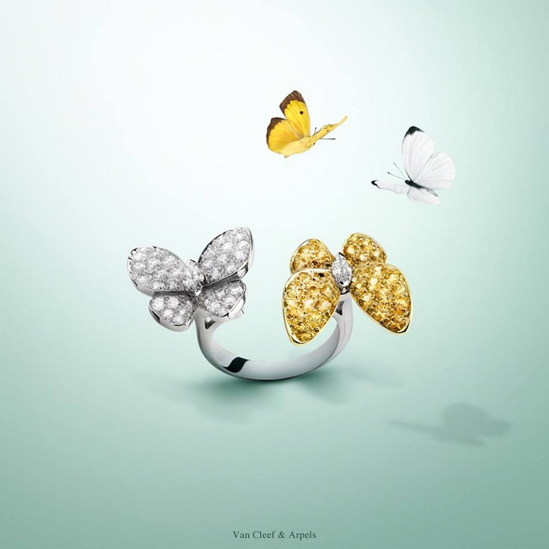 Van Cleef & Arpels Two Butterfly Between the Finger Ring - white and yellow gold, yellow sapphires, diamonds