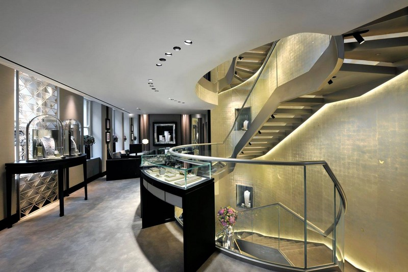 Van Cleef & Arpels boutique at 9 New Bond Street Londonvan