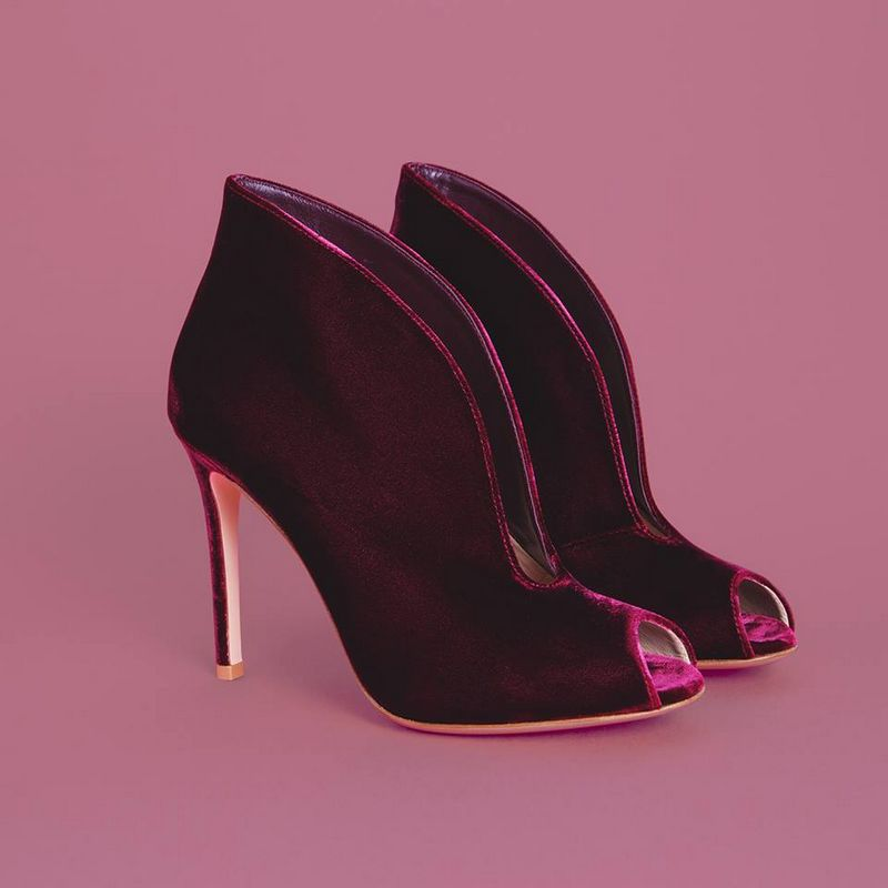 Velvet shoes will be the protagonist of this Fall season