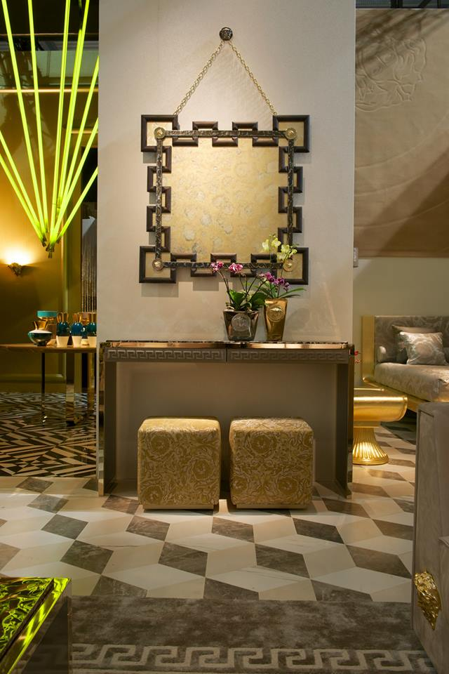 salone del mobile 2014 versace palazzo couch and a new versace home debut2luxury2 com. Black Bedroom Furniture Sets. Home Design Ideas