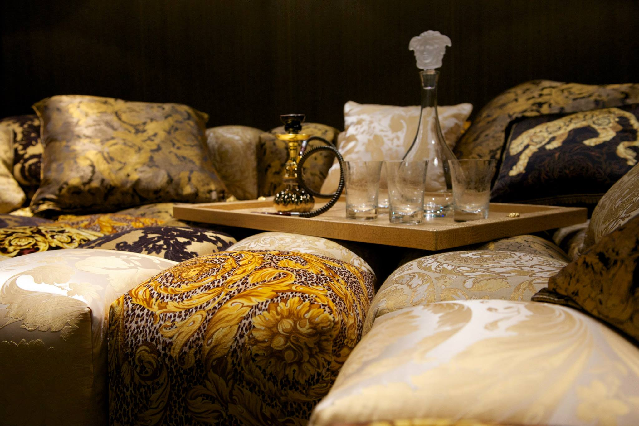versace home debut at salone del mobile 2014. Black Bedroom Furniture Sets. Home Design Ideas