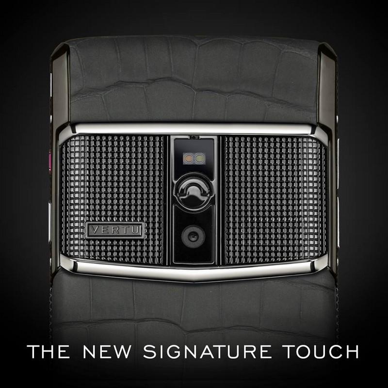 Vertu Luxury Smartphones_vertu new signature touch