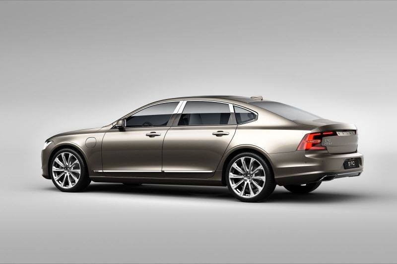 volvo-cars-s90-excellence