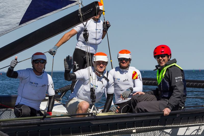 volvo-ocean-race-m32-catamarans-to-be-used-for-guest-sailing
