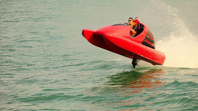 Wavekat 70 in action-