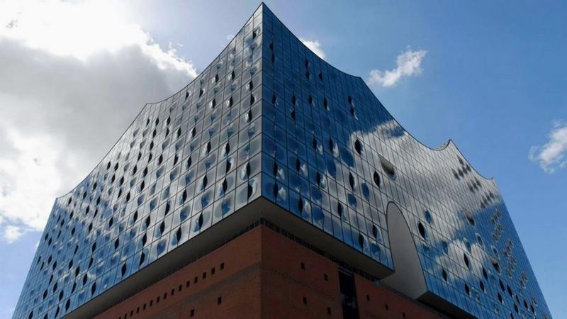 westin-debuts-in-hamburg-within-the-elbphilharmonie-hamburgs-new-architectural-landmark