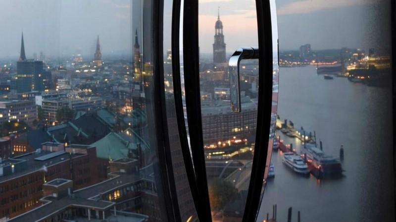 westin-debuts-in-hamburg-within-the-elbphilharmonie-hamburgs-new-architectural-landmark-views-of-hamburg-city