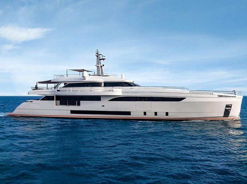 wider-150-genesi-motor-yacht